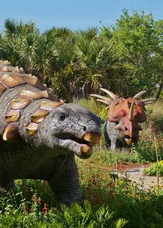 Dinosaurs in the garden (2) | Flickr - Photo Sharing!