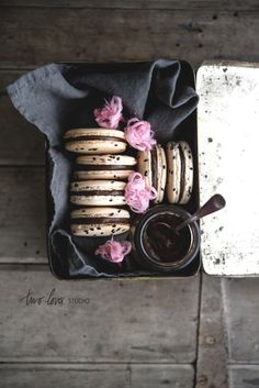 liquorice macarons with persian fairy floss roses
