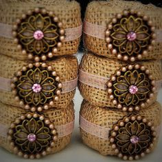 love these cute little napkin rings...not that i ever actually USE napkin rings lol