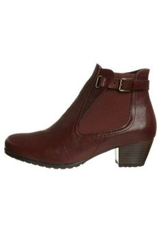 Women's shoes boots booties fall winter 2013 2014 13 14 stiefel stiefeletten lace up platform plateau black flat loafers 90's revival metal heel leather dark red bordeaux