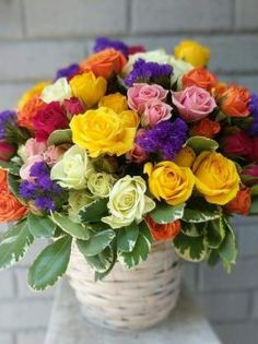 Basket Flower Arrangements, Beautiful Flower Arrangements, Floral Arrangements, Get Well Flowers, Love Flowers, Colorful Flowers, Wedding Bouquets, Wedding Flowers, Hand Bouquet