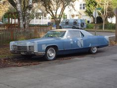 (first posted Ever since I found this relatively rare 1970 Continental Coupe, I've been trying to find something good to say about it. Lincoln Motor, Lincoln Mercury, Old Fords, Lincoln Continental, Ford Motor Company, Vintage Cars, Hot Rods, Classic Cars, Garage