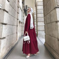 Abaya Fashion, Muslim Fashion, Modest Fashion, Fashion Dresses, Cute Modest Outfits, Baby Outfits, Mode Hijab, Hijab Outfit, Pakistani Dresses