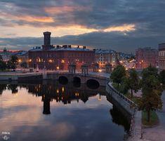 Старо-Калинкин мост, река Фонтанка, город, крыши :: Old-Kalinkin Bridge, Fontanka River, city, roofs