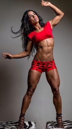Fit Babes : Female body building. Hard work always pays off.