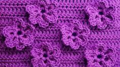 Pattern with florets Knitting by a hook of Crochet pattern with flowers 83 Crochet Flower Tutorial, Crochet Flower Patterns, Crochet Stitches Patterns, Crochet Flowers, Crochet Bows, Crochet Motifs, Crochet Chart, Knit Crochet, Crochet Videos