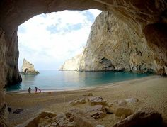 It is a gorgeous secret cave-beach between Porto Vromi and the Shipwreck