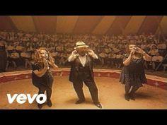 Music video by Lucio Dalla performing Attenti Al Lupo. (C) 2003 BMG Ricordi Spa