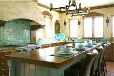 What a great Spanish style kitchen! #Spanish #kitchendesign