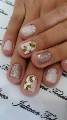 Choose from an Amazing Array of Nail Art Design Spring Nails, Autumn Nails, Gorgeous Nails, Pretty Nails, Nail Polish Style, Flower Nails, Easy Nail Art, Manicure And Pedicure, Toe Nails