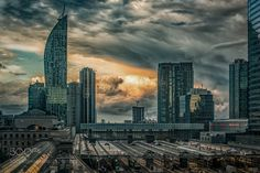Dramatic Clouds in Toronto by KevinDrewDavis