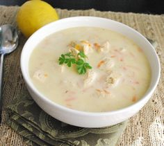 Avgolemono. A creamy and satisfying lemon and chicken soup | Betsylife.com