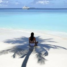 Missing home.. #IslandGirl #IslandGypsy #Luvgypsy #Gypsy #Summer #Waves #FreeSpirit #WildHeart #GypsySoul #Wildhair #Necklace #Jewelry #OldSoul #Tribal #Blonde #BohoChic #GypsyStyle #Bohemian #Beach #HippieGirl #GoodVibe #BeachVibes #Wanderlust #LovelyDay #Salty #SeaBreeze #SexyBack #PalmTrees #Coconut #WhiteBeach #Vacation