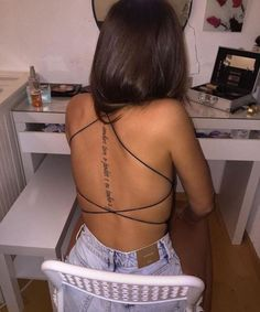 Tatto Back, Back Tattoos Spine, Spine Tattoos For Women, Best Tattoos For Women, Back Tattoo Women, Elegant Tattoos, Simplistic Tattoos, Dainty Tattoos, Pretty Tattoos