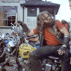 Terry the Tramp HAMC circa1969 Hells Angels, Motorcycle Clubs, Easy Rider, Biker Style, Lifted Trucks, Tactical Gear, Old School, Red And White, Classic Cars