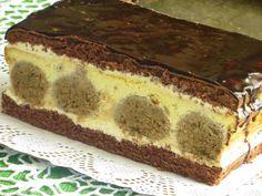 Domowe ciasta i obiady: Sernik z kulkami orzechowymi