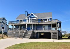 Twiddy Outer Banks Vacation Home - Changes In Attitude I - Corolla - Semi-Oceanfront - 6 Bedrooms