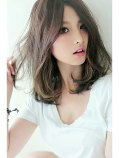 Nice hair color idea for summer Medium Hair Cuts, Long Hair Cuts, Medium Hair Styles, Short Hair Styles, Permed Hairstyles, Trendy Hairstyles, Girl Hairstyles, Asian Short Hair, Asian Hair