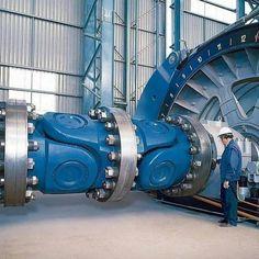 Tech Discover Coupling between Turbine and Generator Marine Engineering, Engineering Technology, Electronic Engineering, Mechanical Engineering, Electrical Engineering, Industrial Machinery, Heavy Machinery, Heavy Construction Equipment, Heavy Equipment
