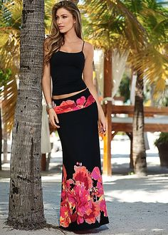Floral Print Maxi from VENUS women's swimwear and sexy clothing. Order Floral Print Maxi for women from the online catalog or Denim Fashion, Look Fashion, Skirt Fashion, Fashion Outfits, Womens Fashion, Womens Maxi Skirts, Women's Skirts, Floral Skirts, Printed Maxi Skirts