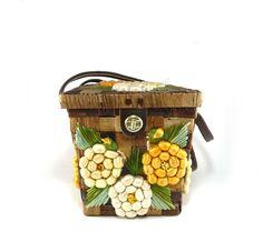 Basket purse raffia woven flower box bag by reconstitutions, $28.50 #basket #purse #vintage