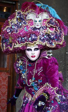 Carnival of Venice 2012 24 Mardi Gras Carnival, Venetian Carnival Masks, Carnival Of Venice, Venetian Masquerade, Masquerade Party, Masquerade Masks, Venice Carnivale, Venice Mask, Clowns