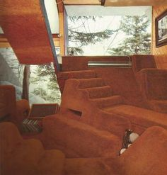 """""""Ski house at Prickly Mountain in Vermont, a village created by a group of young avant-garde architects… The design was a collaboration between architects David Sellars and Tom Lucky and grew out of. Houses Architecture, Interior Architecture, Interior And Exterior, Carpet Diy, Shag Carpet, Hotel Carpet, Room Carpet, 70s Home Decor, Cheap Home Decor"""
