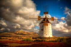 El Cotillio Windmill by Derek Balfe, via 500px