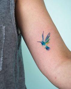 Minimalistic tattoos by Bryan Gutierrez Tattoo artist Bryan Gutierrez, color and black minimalistic flowers tattoo Dainty Tattoos, Feather Tattoos, Pretty Tattoos, Mini Tattoos, Beautiful Tattoos, Body Art Tattoos, Small Tattoos, Tiny Bird Tattoos, Fox Tattoos