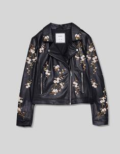 Blusão polipele com bordados de flores - Casacos e Blusões - Vestuário - Mulher - PULL&BEAR Portugal