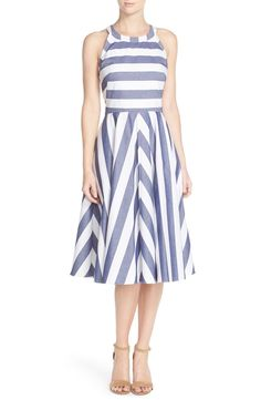 So cute! Chambray stripes add easygoing charm to this figure-flattering dress dress from Eliza J.