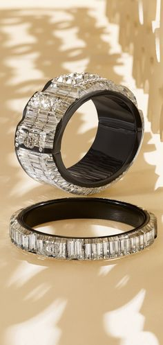 Resin cuff inlaid with strass - CHANEL 2015