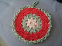 Ravelry: Strawflower Potholder by Maggie Weldon