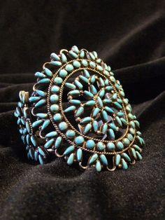Turquoise Bracelet Needlepoint por TwoGreyHills en Etsy