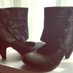 Black Fashion Booties! Black button side booties,there in great condition! Only worn once. They're a size 8. Very versatile & goes with lots of outfits! Offers available! New York & Company Shoes
