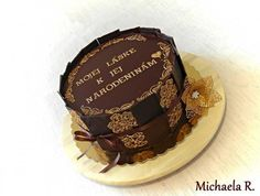 Simply gold-chocolate cake by Mischell