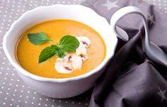 Σούπα κρέμα κολοκύθας με μανιτάρια και τζίντζερ Thai Red Curry, Soup, Cooking, Ethnic Recipes, Kitchen, Soups, Brewing, Cuisine, Cook