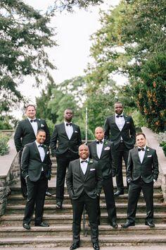 tuxedo groomsmen @weddingchicks
