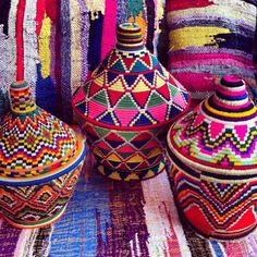 So much inspiration from these perfectly gorgeous African baskets. Moroccan Decor, Moroccan Style, African Art, Basket Weaving, Boho Decor, Home Deco, Bunt, Boho Chic, Bohemian