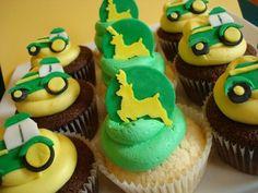 http://thepartyanimal.hubpages.com/hub/John-Deere-Birthday-Cake-and-Cupcake-Ideas