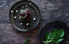 Salade van geitenkaas, bietjes en spinazie