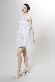 Short wedding dress with mini length and sleeveless design. This dress looks simple and also full of charm. Free made-to-measurement service for any size. Available colors seen as in Color Options.