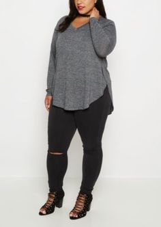 Plus Black Marled V-Neck Shirttail Top | rue21