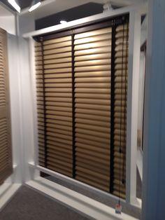 Venecianas de aluminio combinadas con madera en 70mm