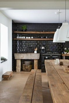 Marvelous Rustic Kitchen Decorating Ideas - Page 20 of 60 Rustic Kitchen Design, Interior Design Living Room, Kitchen Tiles, New Kitchen, Floors Kitchen, Kitchen Wood, Kitchen Industrial, Kitchen Black, Industrial Table