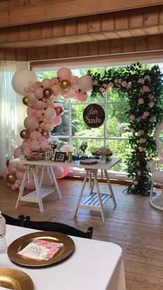 A stunning mix of greenery, balloons and wood to bring this beautiful boho baby shower together. Boho Baby Shower, Unique Baby Shower, Girl Shower, Girl Baby Shower Decorations, Birthday Party Decorations, Baby Shower Themes, Wedding Decorations, Balloon Garland, Balloon Decorations