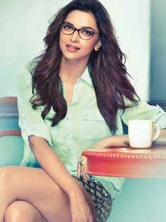Deepika Padukone | #beauty #glasses to get more hd and latest photo click here http://picchike.blogspot.com/