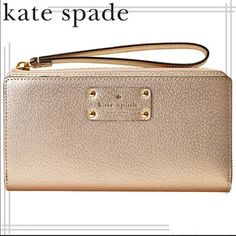 """3XHPAuthentic Kate spade Layton wristlet MATERIAL boarskin embossed cowhide with matching trim 14-karat light gold plated hardware FEATURES wristlet style wallet with zipper closure 8 credit card slots center zipper change compartment exterior zipper compartment DETAILS 4.3""""h x 8.1""""w kate spade Bags Clutches & Wristlets"""