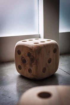 Rustic Log Furniture, Unique Furniture, Diy Furniture, Furniture Cleaning, Furniture Market, Solid Wood Furniture, Woodworking Furniture, Woodworking Crafts, Wood Table Design