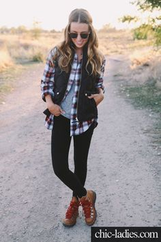 All of my girly fall lumberjack dreams in one amazing outfit. Kuddos Sydney! - Women's Hiking Clothing - http://amzn.to/2h7hHz9